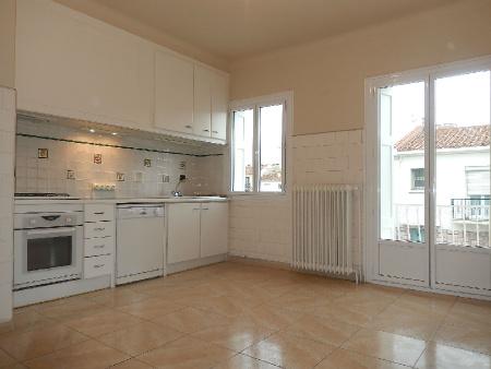 achat vente maison de village ville perpignan bleu immobilier annonces immobili res en. Black Bedroom Furniture Sets. Home Design Ideas